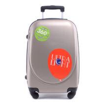 Besty Arany Extra Könnyű Kemény kabinbőrönd (4 Kerekű)