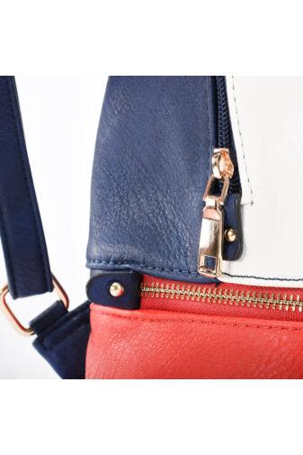 Besty Női Kék-féher közepes divatos Hátizsák