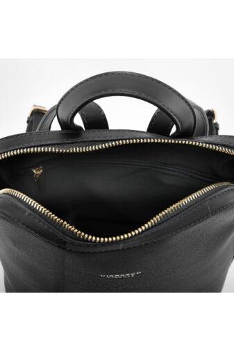 Diana & Co Fekete női rostbőr hátizsák