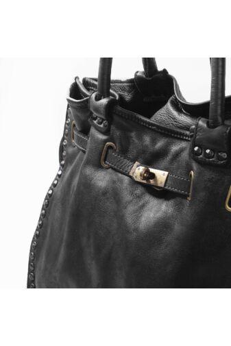 Vera Pelle Vintage Fekete Szegecses Valódi Bőr Válltáska