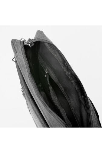 Elegáns Szivacsozott Fekete Férfi Oldaltáska