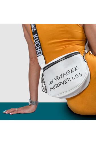 Besty Fekete Műbőr Női Keresztpántos táska