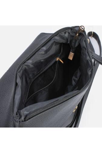 Alkalmi táska arany színű szegéllyel (bézs)