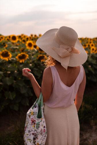 Fehér/zöld Nagy Méretű virágmintás Műbőr kézi- és Válltáska