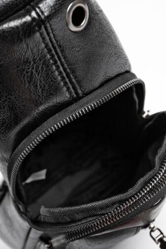 R&J Fekete Műbőr Keresztpántos Oldal- És Hátitáska Egyben