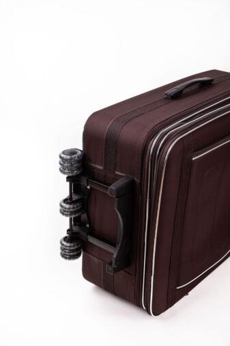 Nagy Méretű Kávébarna Színű Puha Falú Bőrönd
