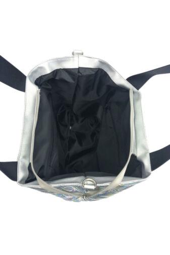 Divatos Női Hologramos Steppelt PVC Anyagú Váll- És Oldaltáska