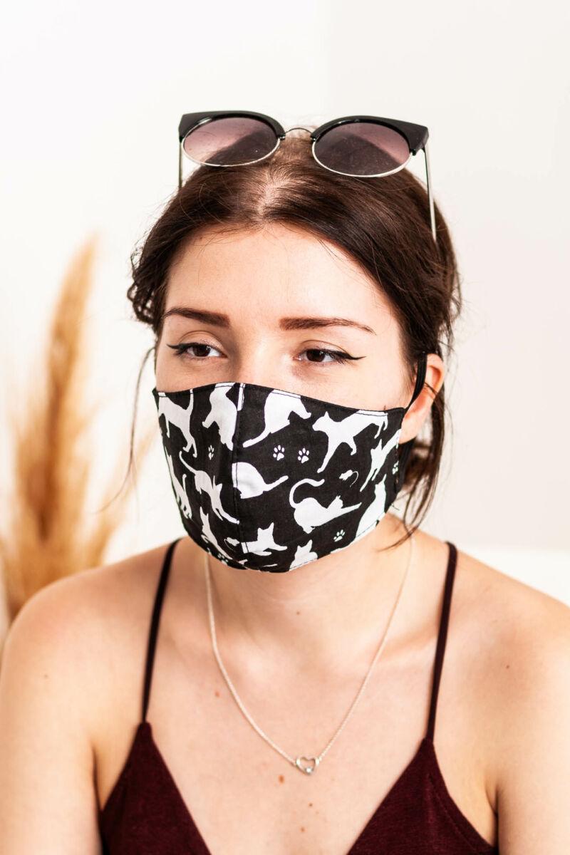 Trendi Textil 2 Rétegű Szájmaszk - 1db-os Szettben - Fekete Macskás