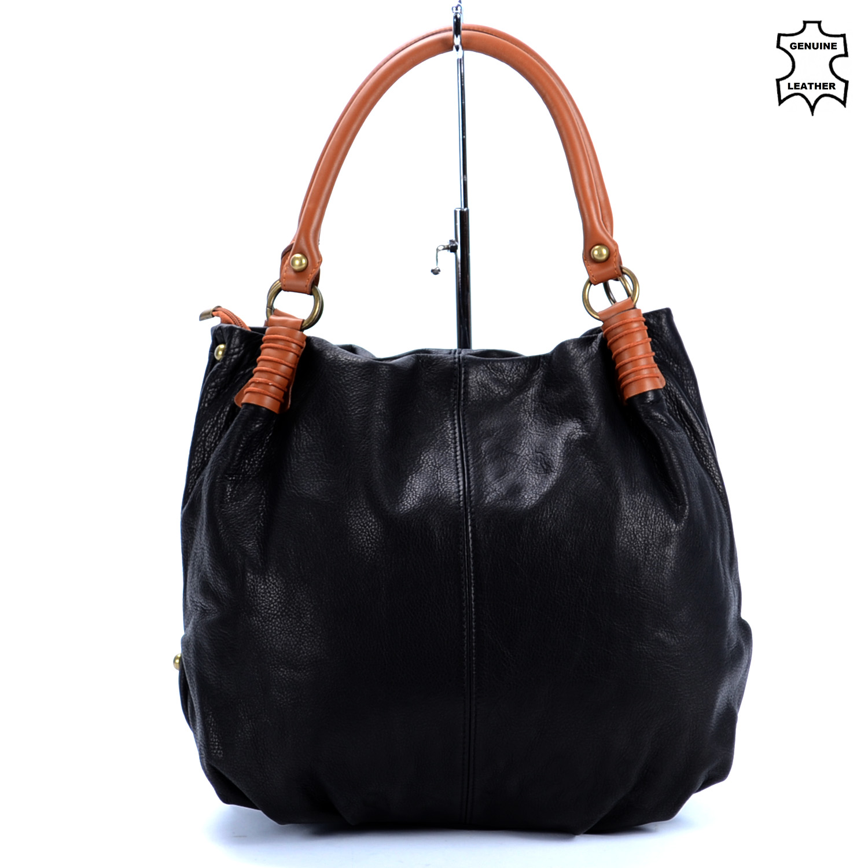 5085d7de0cc8 Besty Valódi Bőr Elegáns Fekete Színű Válltáska - VALÓDI BŐRTÁSKÁK - Táska  webáruház - Minőségi táskák mindenkinek