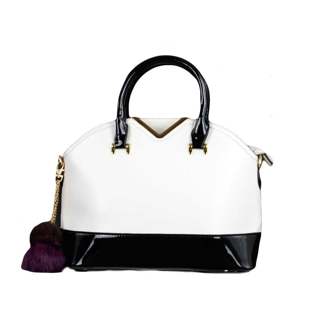 Besty Női Közepes Méretű Fehér Fekete Lakk Kézitáska Vállpánttal - TÁSKÁK -  Táska webáruház - Minőségi táskák mindenkinek c1090e2c6c